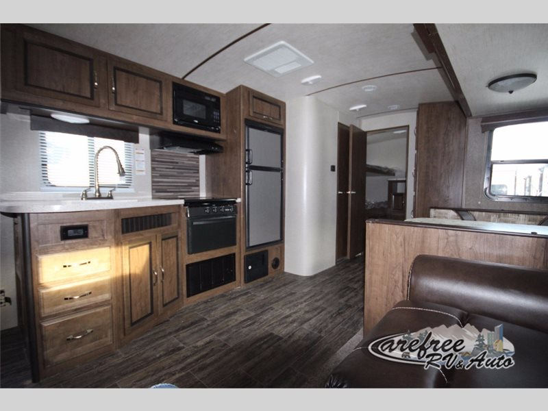Cruiser Radiance Ultra-Lite Travel Trailer Interior
