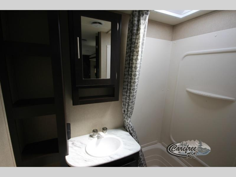 Dutchmen Kodiak Express Travel Trailer Bathroom
