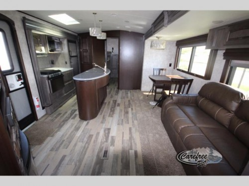 Winnebago Towables Instinct Travel Trailer Interior